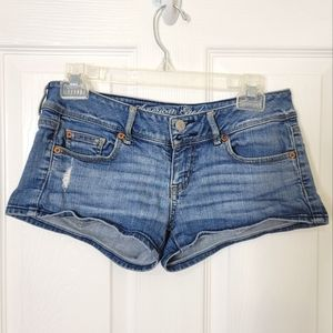 American Eagle Low Rise Jean Shorts Size 4